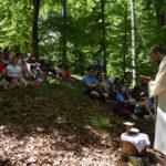 Primo evento del Festival delle Erranze e della Foloxenia: passeggiata comunitaria con messa celebrata da Don Andrea Latelli sul Monte Faggio